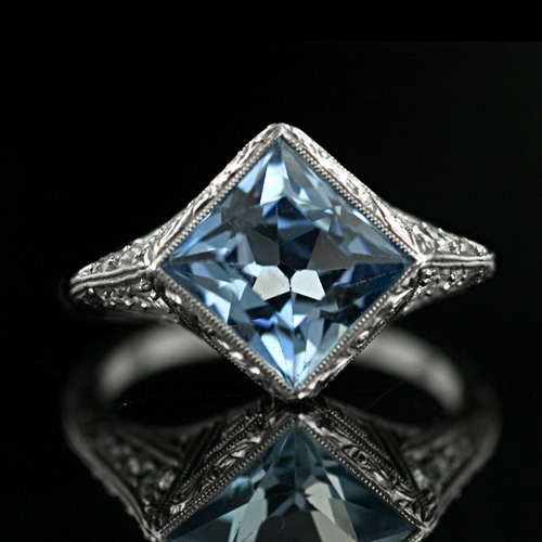 An interesting and exquisite Aquamarine ring from the Art Deco time period