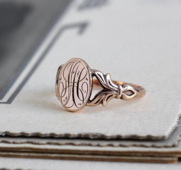 Antique 14k Rose Gold Signet Ring